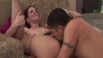 Drilling a hot milf - Primal Attraction
