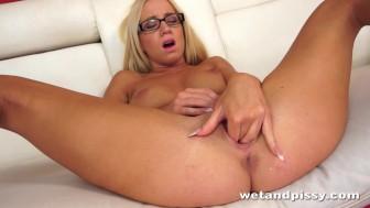 Sexy Kiara Lord pees through her panties