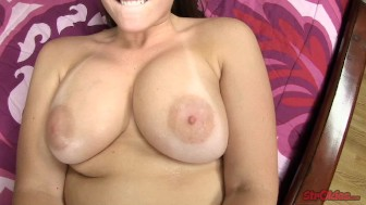 Melanie Hicks Facial After Handjob