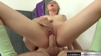 Young Pornstar Iris Rose massaged and fucked facial