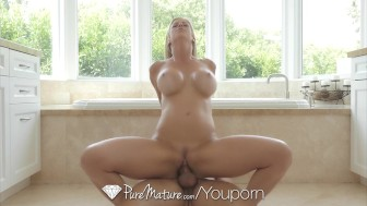 PureMature - Hot Milf Alexis Fawx making a splash in the bath