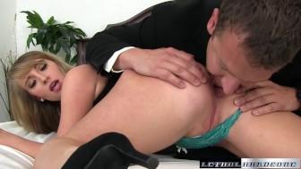Boss hides camera to film slutty coworker nude