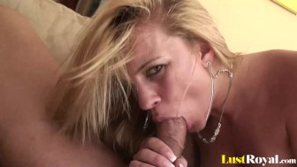 Sloppy facial for a beautiful blonde Kirra Kynne