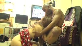 Shoplifting Japanese schoolgirl Hibiki Otsuki with black man