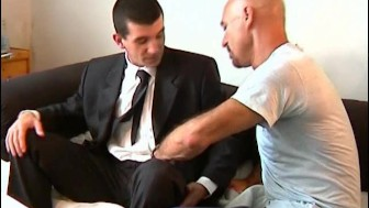 An innocent str8 guy serviced his big cock by a guy!
