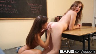 BANG.com: Sexy Scissoring Sluts