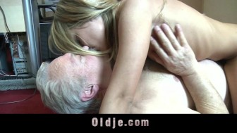Horny cleaning babe fucking step dad after sucking his old cock