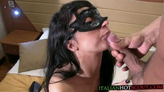 ITALIAN HOT SCOUT fantastic cum in mouth