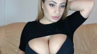 Middle eastern girl with giant chest deepthroats