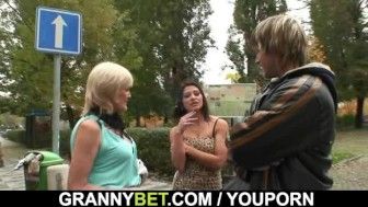 Old granny pleases an young stud