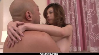 Natsumi Mitsu works magic on guyґs cock during extreme xxx