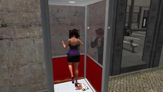 Fred Adjani entrain de mater une jolie femme en mini robe a travers une cabine telephonique - virtuelsexe