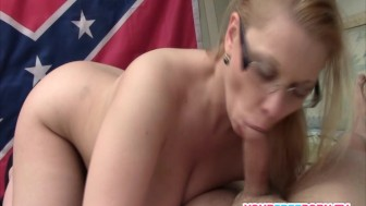 Redneck Milf Shows her Blowjob Skills.mp4