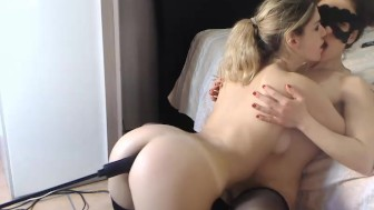 Lesbians fucking both her holes with a machine