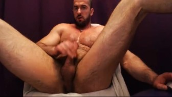 ARNOLD_STEFAN. I am sexy boy who love to jerk cock hard