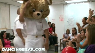 DANCINGBEAR - Birthday party crashed by Dancing Bear (db6106)