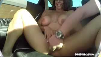 Fitness Milf gives road head in back seat