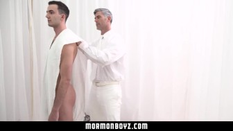 MormonBoyz- Mormon Missionary fucked By Sexy Older Man