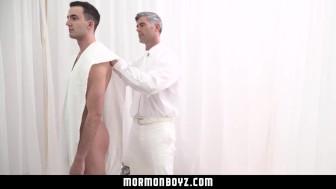 MormonBoyz- Mormon Missionary fucked By Sexy Older Man