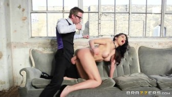 Brazzers - Julia needs a anal-ysis