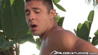 FalconStudios Hard Body Latino Worships Cock