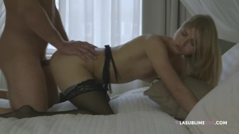 Romantic sex with Violette Pink