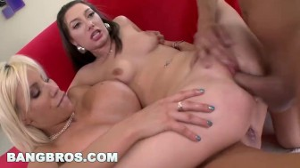 BANGBROS - Threesome MILF Puma Swede and Jasmine Delatori (ms11913)