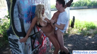 philavise- massive tit public milf poking with alyssa lynn