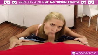 vr porn-sexy blonde angel piaff play with her vagina and jizz hard