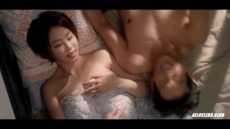 Hong I-joo and Kang Ye-won Nude - Love Clinic