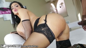 LexingtonSteele Amy Anderssen Shared by 2 Hung Studs