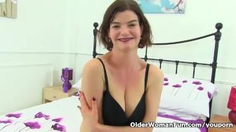 UK milf Clara Hewitt dildos her hairy and nyloned cunt